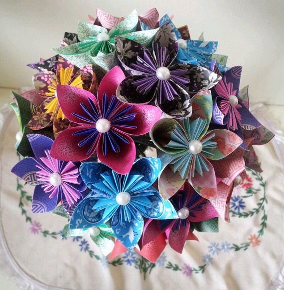 Origami Wedding Flowers: Paper Flower Origami Wedding Bouquet / Paper Anniversary