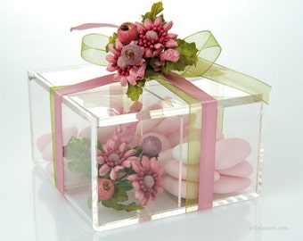 Large Favor Box with Jordan Almonds - Romantic