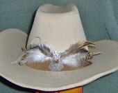Country Hatband / Feathers & concho