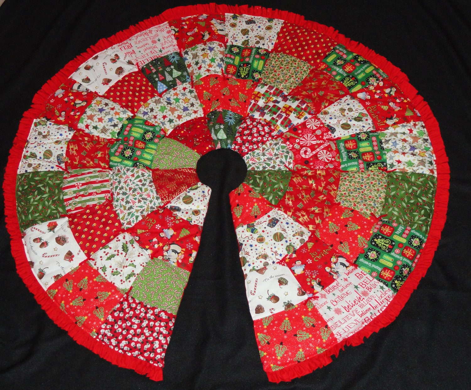 zoom - Christmas Tree Skirt Pattern