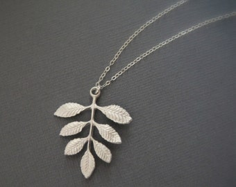 Leafy Necklace in STERLING SILVER CHAIN--Perfect Gift,  gift for mom, gift for friends, Birthday Present for her.