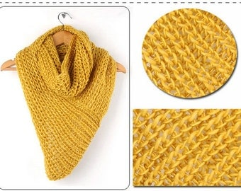 Infinity, loop triangular scarf