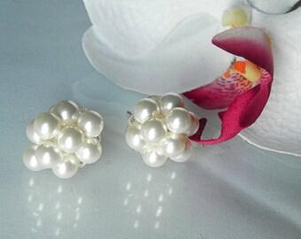 Pearl Cluster Earrings, bridal pearl cluster stud earrings, elegant wedding cluster earrings, KAREN Clusters