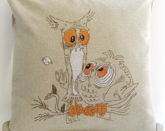 TWO OWLS, Decorative Linen Pillow Cover, Embroidery, Pillow case
