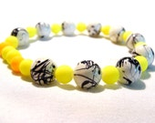 neon summer bracelet with yellow black&white beads - Farfels