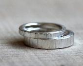 Tree bark wedding ring set