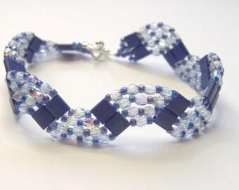 Purple wave beaded bracelet, beadwoven bracelet, purple bracelet, crystal bracelet, summer bracelet, tila bead bracelet, BR017