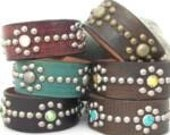 Leather Bracelet / Stones, Crystals and Spots create Blosson pattern