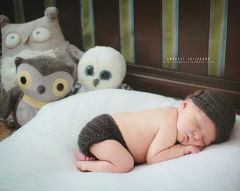 Newborn Newsboy Hat and Diaper Cover Set