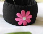 "Handmade cloth covered Bangel ""Black with pink color"""