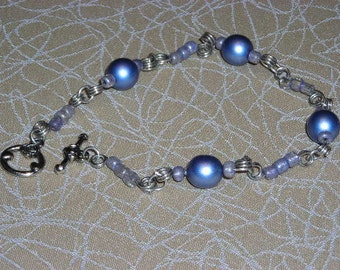 Blue Pearls and Gray E Beads with Silver Wire Bracelet