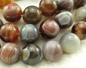 Botswana Agate smooth round beads 14mm,28 pcs