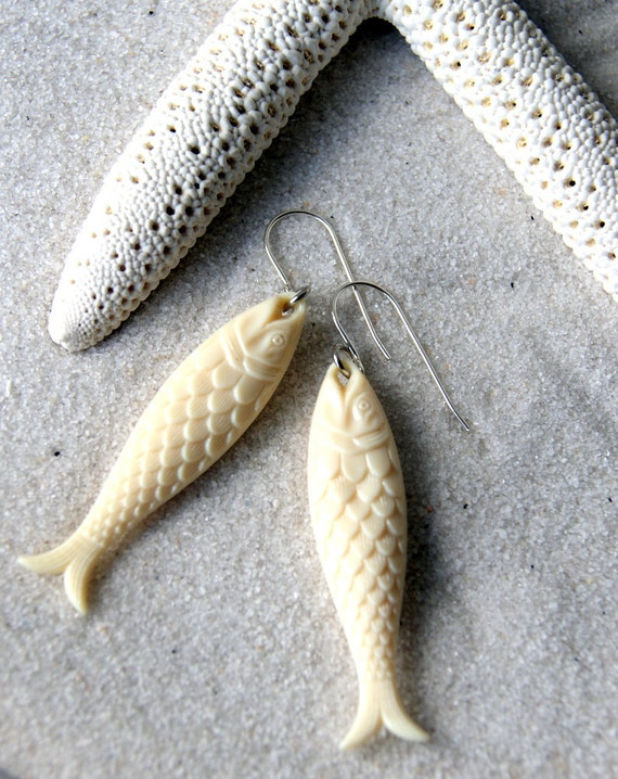 Fish Earrings - Ivory Fish Earrings - Nautical Fashion - Summer Fashion - gift for Pisces
