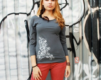 SALE - S,M - Graphic tee for women, womans tops tshirts, silkscreen womens t-shirt, womens tees, gray 3/4 sleeve deco design