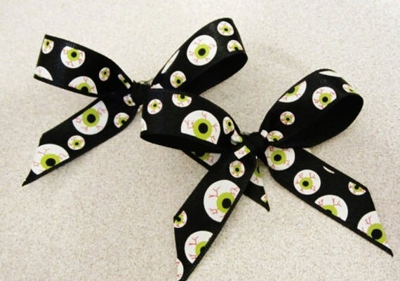 Halloween Eyeball Bows