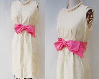 1960s pink BOW party dress (medium)
