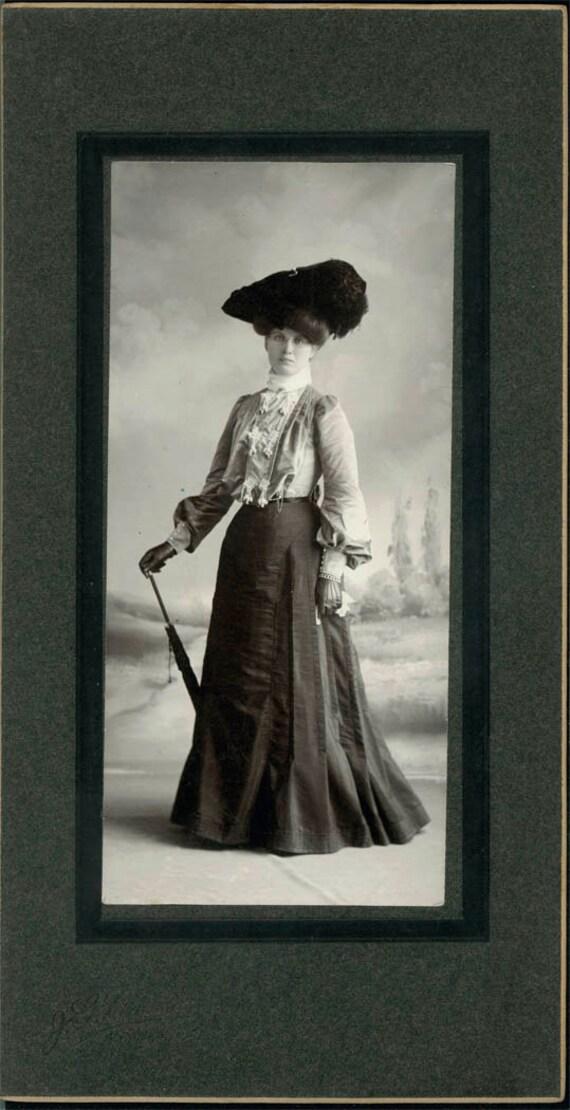 vintage photo Amazing edwardian lady Cabinet photo