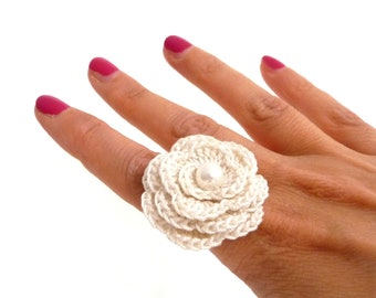 Crochet Flower Adjustable Ring - White Cotton with White Pearl - COTTON FLOWER