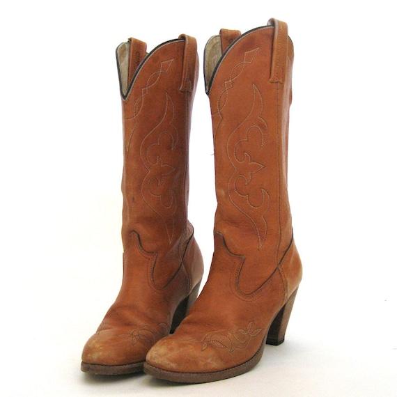 vintage SALE /  70s Boots / DINGO Leather Cowboy Boots / Bohemian Festival / Saddle