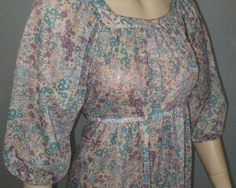 Vintage 1970s Dress / Semi-Sheer Floral Print / Boho Hippie