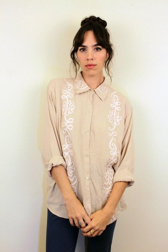 1990s Ecru Button Up Blouse with Floral Applique Size S-M