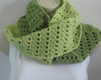 Spring Green Infinity Scarf, Womens Cowl, Ladies Neck Warmer, Eternity Scarf, Green Circle Scarf