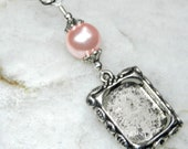 Wedding bouquet photo frame charm. Memorial photo charm with pretty pink shell pearl. DIY photo jewelry.