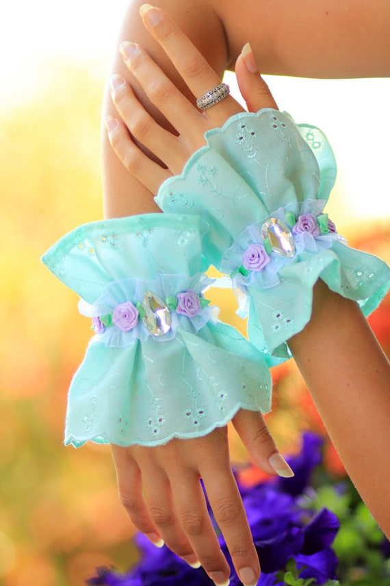 Mint Green Lace Cuffs with Lavender Roses - French Fashion - Tea Party - Alice In wonderland