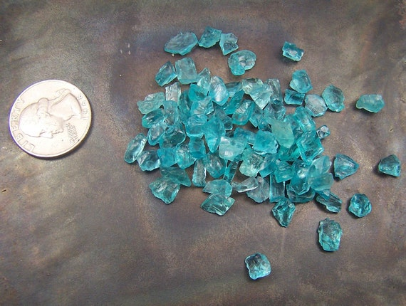 Blue Apatite crystals - 1 gram naturally formed random selection - wire wrap stones - Electric blue - apatite - raw rough - 1 gram 5 carats