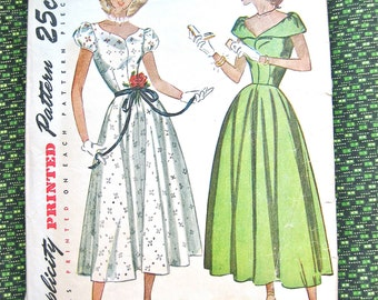 Simplicity 2412 from the year 1948.  Junior Misses' and Misses' One-Piece Dress