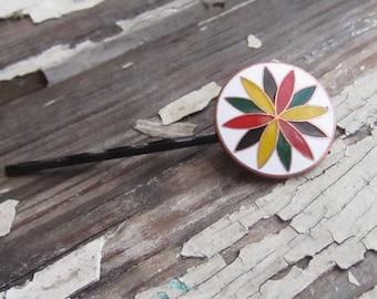 vintage enamel hair pin. vinur