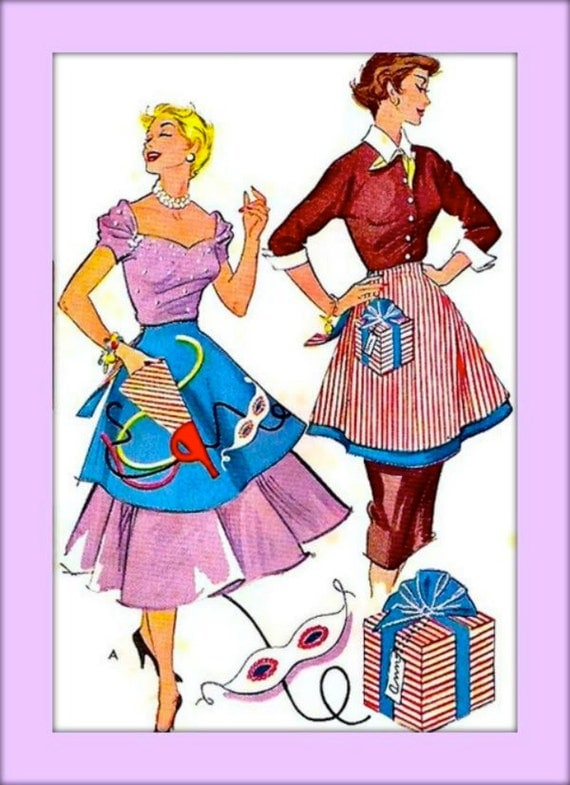 McCall's 1822 - Vintage 1950's Sewing Pattern  - Reversible Holiday Aprons - UNCUT