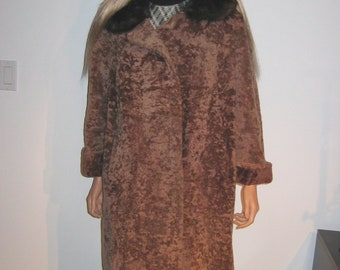 Vintage 1950's 1960's Broadtail Lamb FUR coat jacket. Taupe curly lamb. Mink tail fur collar.  Heavy Coat.