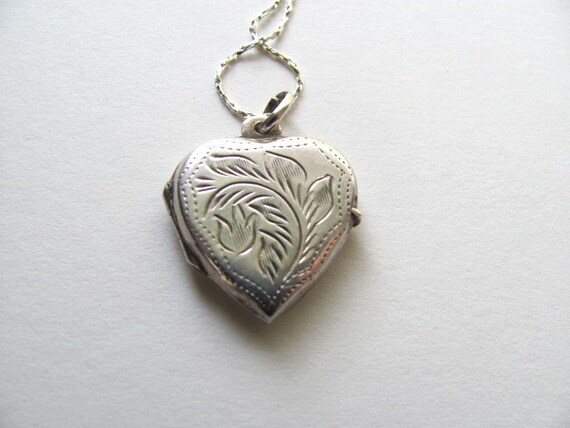 Sterling silver engraved vintage heart locket necklace on silver chain