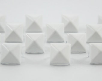 50 pcs. White Pyramid Studs Biker Spikes spots nailheads 9 mm.CKSP97