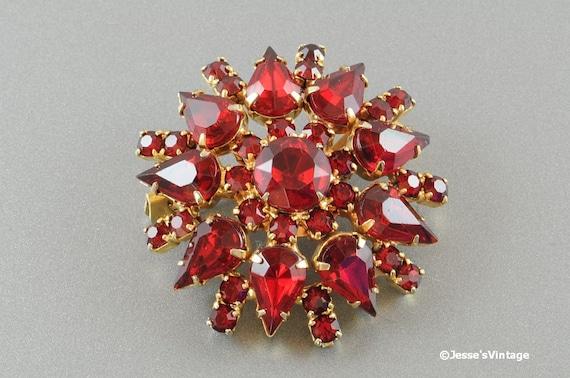 Garnet Ruby Red Rhinestone Brooch Gold Tone