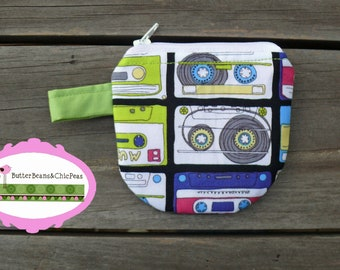 The Coin Purse --- Two Sizes --- pdf Pattern.  This is not a Finished Product.  Make And Sell.