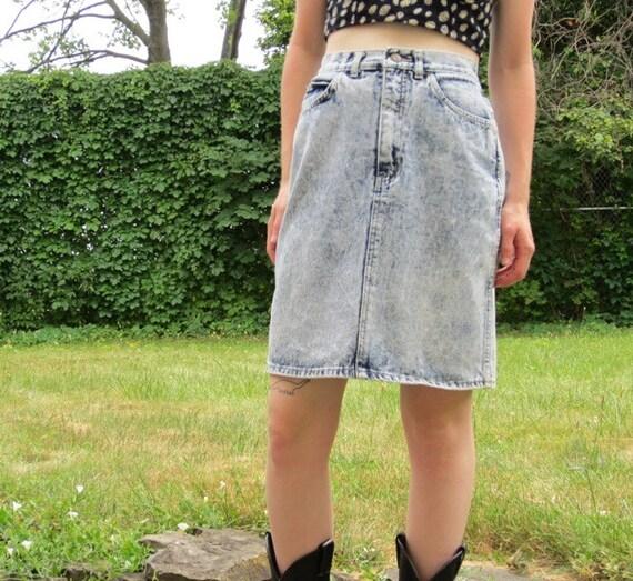 vtg 80s acid wash high waisted denim skirt m