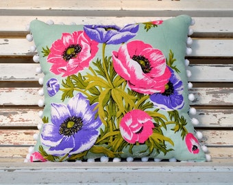 POPPIES FLORAL PILLOW Cushion Vintage Irish Linen Tea Towel Upcycled Repurposed Spring Flowers Pillow Shabby Chic Retro
