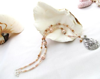 Pendant Necklace with Peach Pearls and Swarovski Crystals