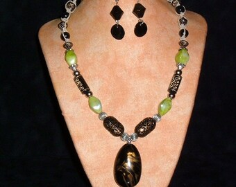 Hemp Necklace K26 Pear