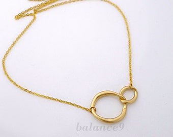 Circles Necklace, Infinity necklace, Eternity love, dainty circles, Best friends gift, bridesmaid wedding jewelry, everyday, by balance9