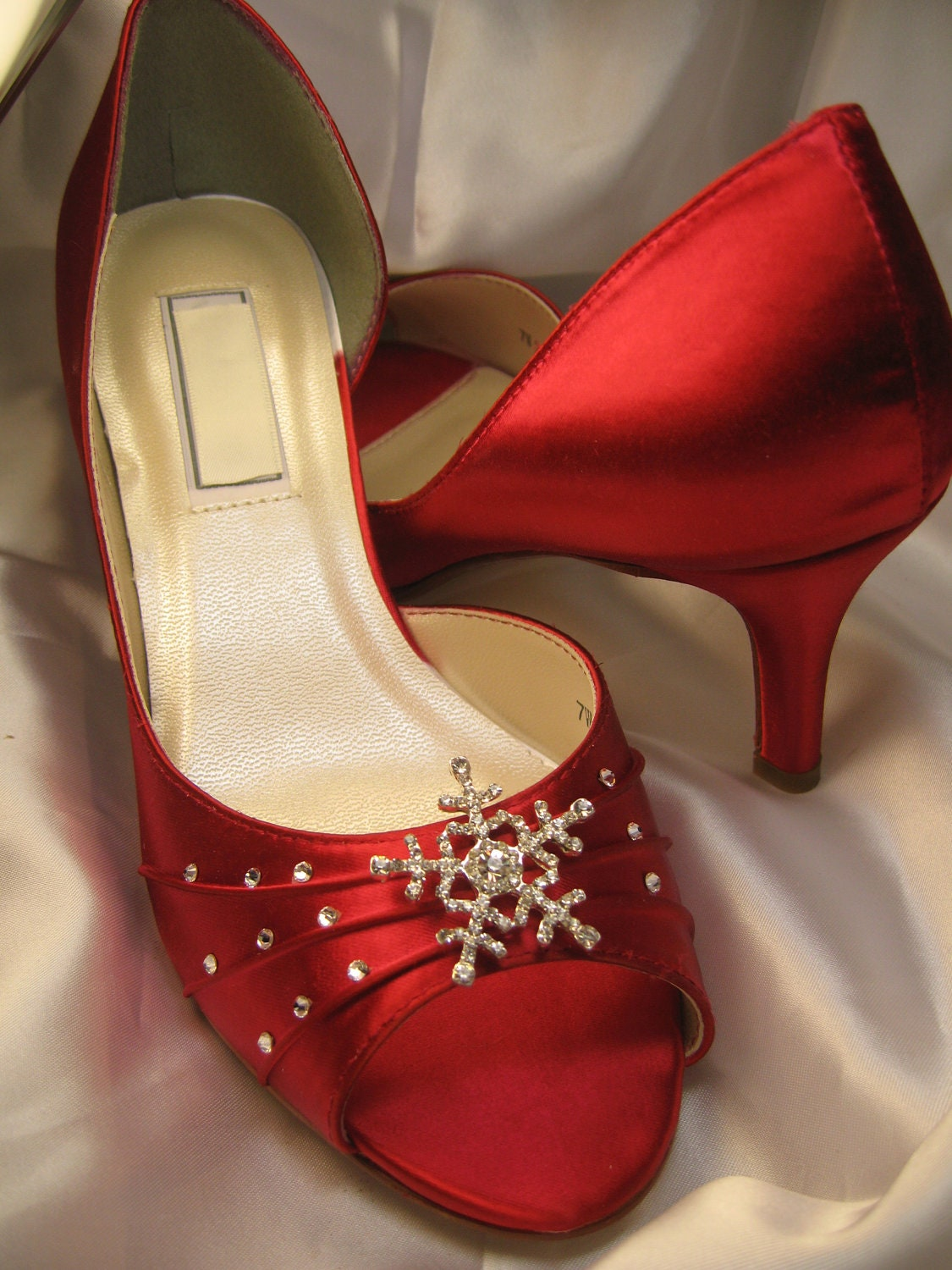 Winter Wedding Red Bridal Shoes With Crystal Snowflake Red
