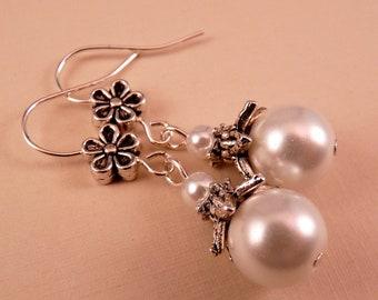 Pearl Earrings Silver Earrings Beaded Jewelry Pearl Jewelry Silver Jewelry Beaded Earrings