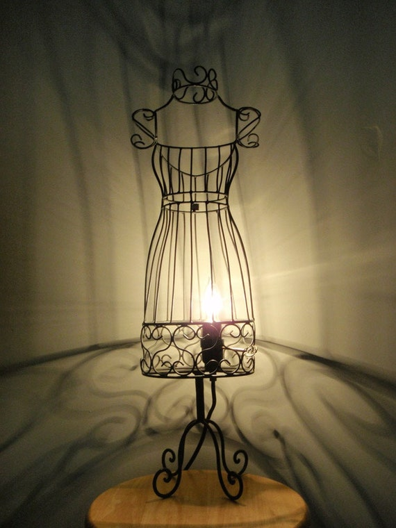 Dress form table lamp