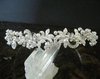 Pearl and Rhinestone Bridal Headpiece,Pearl & Rhinestone Wedding Headband,Bridal Hair Accessory,Bridal Hair Jewelery,Wedding Crown