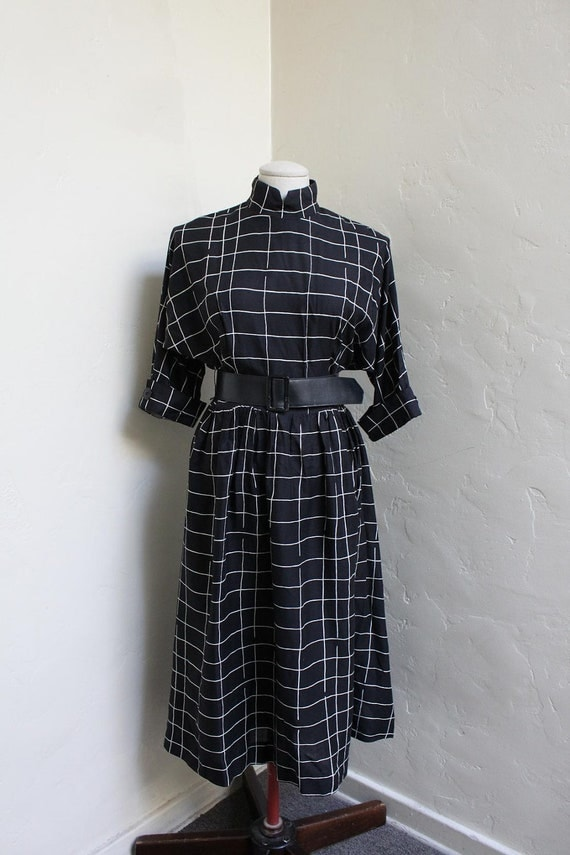 Cool 1950's Style, Belted, Grid Print Dress.