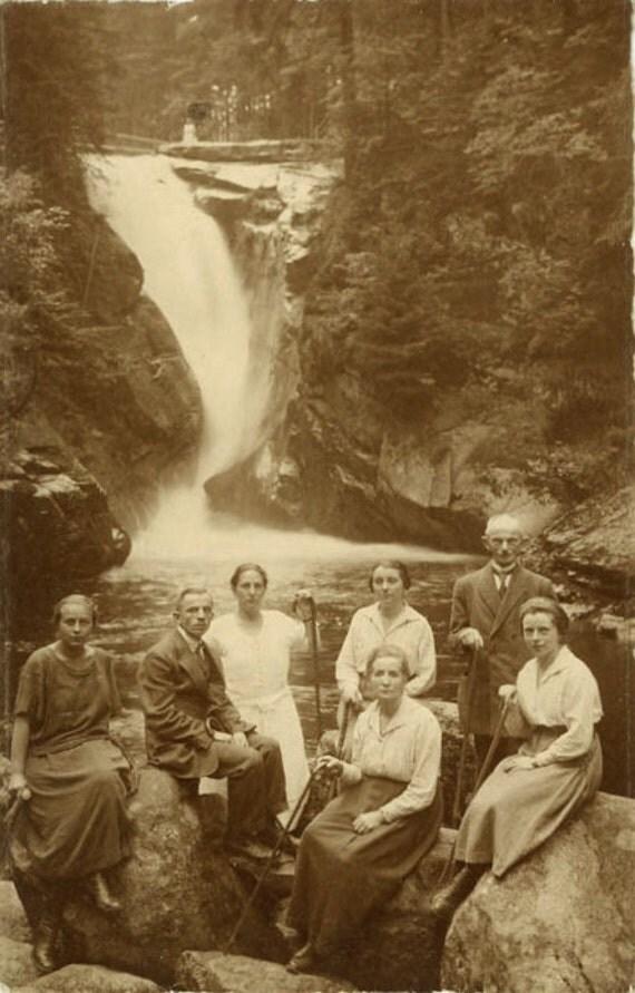 "Vintage Photo Postcard ""Hiking Group"", Photography, Paper Ephemera, Snapshot, Old Photo, Collectibles - 0034"