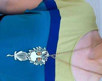 vtg 60s white, gold HUGE movable LION PENDANT necklace costume kitschy safari oversized jewelry