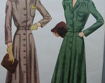 Fabulous Vintage 40's Misses Dress Pattern FUNCTIONAL FORTIES FROCK Factory Folded